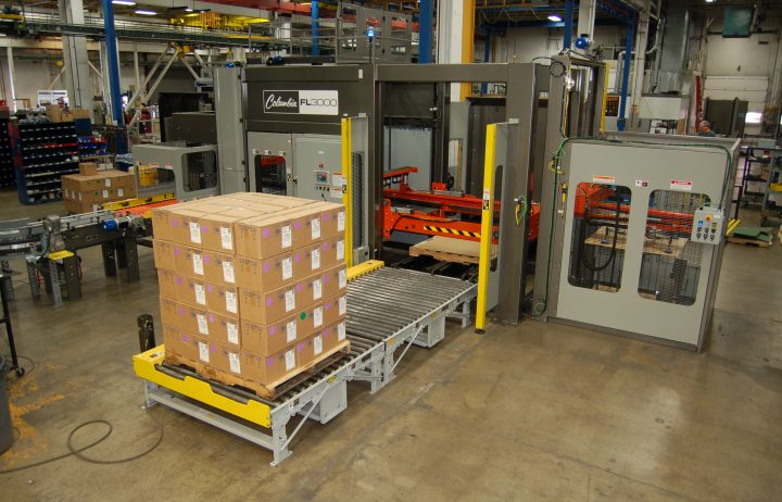 Image of a FL3000 floor level palletizer with a full pallet load.