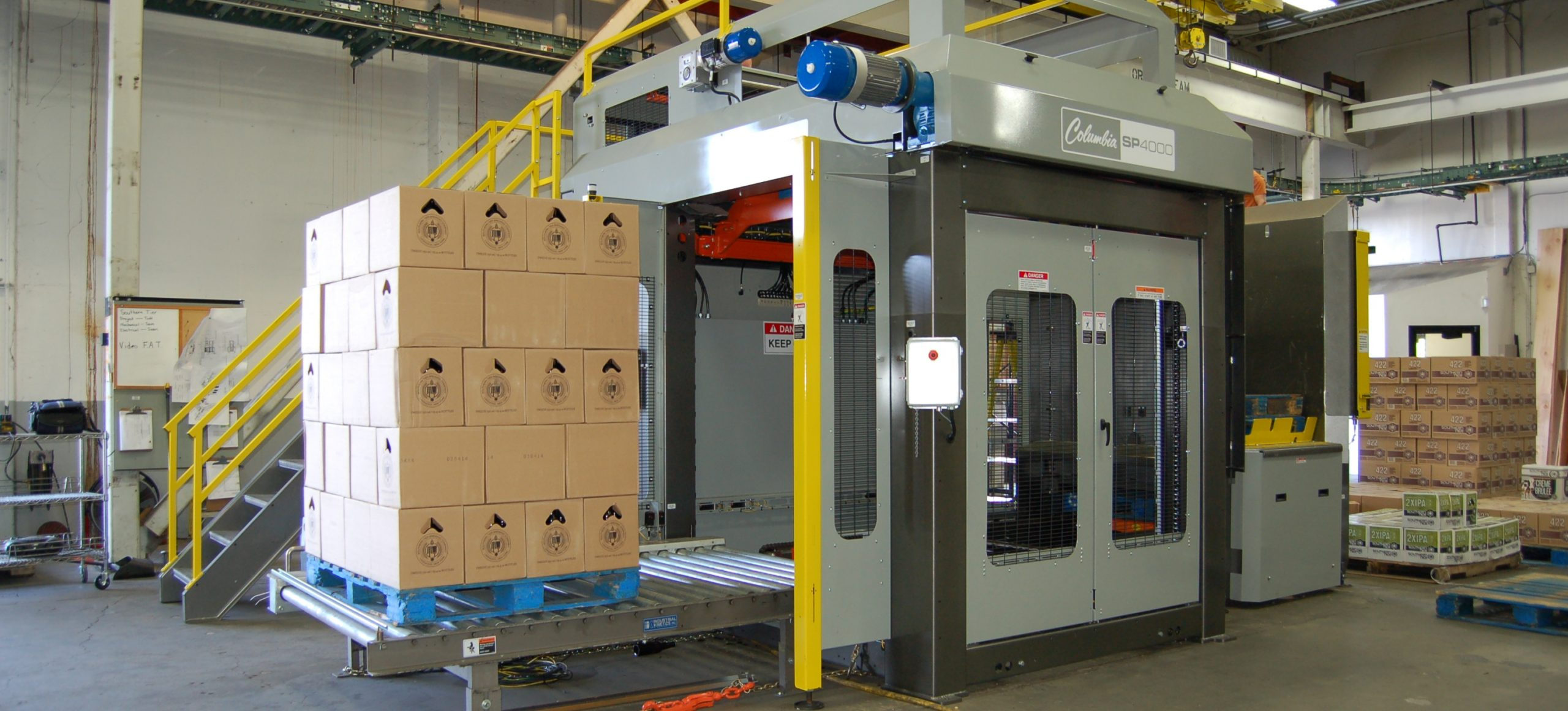 Image of a SP400 high level palletizer.